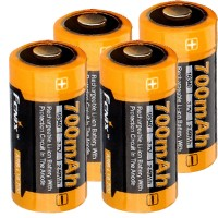 4 stk. Li-ion batteri med 3,7 volt, min. 700mAh, typisk 760mAh, maks. 820mAh kapacitet inkl. AkkuBox ideel til overvågningskamera Arlo og LED lygter