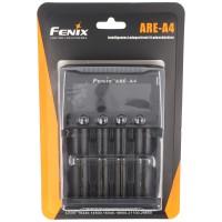Fenix ARE-A4 oplader til Li-ion 18650, 21700, AA, AAA, C, 26650 oplades op til maks. 76 mm længde