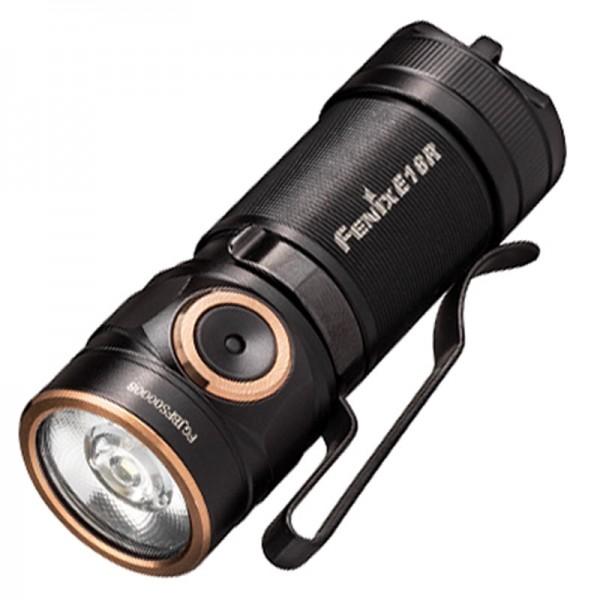 Fenix E18R LED lommelygte med op til 750 lumen og 136 meter rækkevidde, inklusive Li-ion CR123A batteri